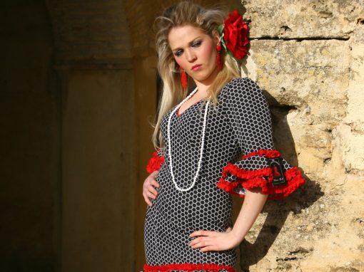 Vestido Flamenca Lunares Negros
